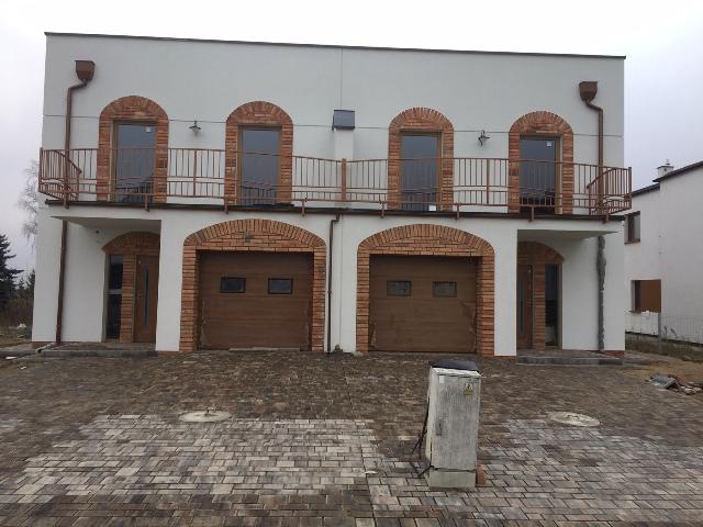 Nowy, oryginalny stylem dom bliźniaczy w Suchym Lesie!